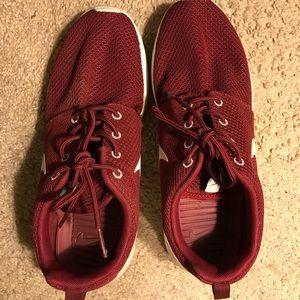 Nike Roshe Run Team Red mens 6.5 woman's 8